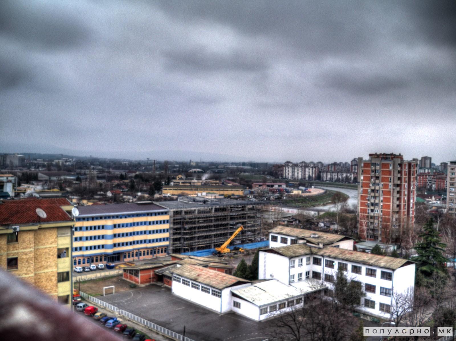 Облачно, со услови за дожд