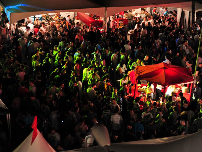 """Од 6 до 10 мај - пролетен фестивал на виното пред """"Веро Центар"""""""