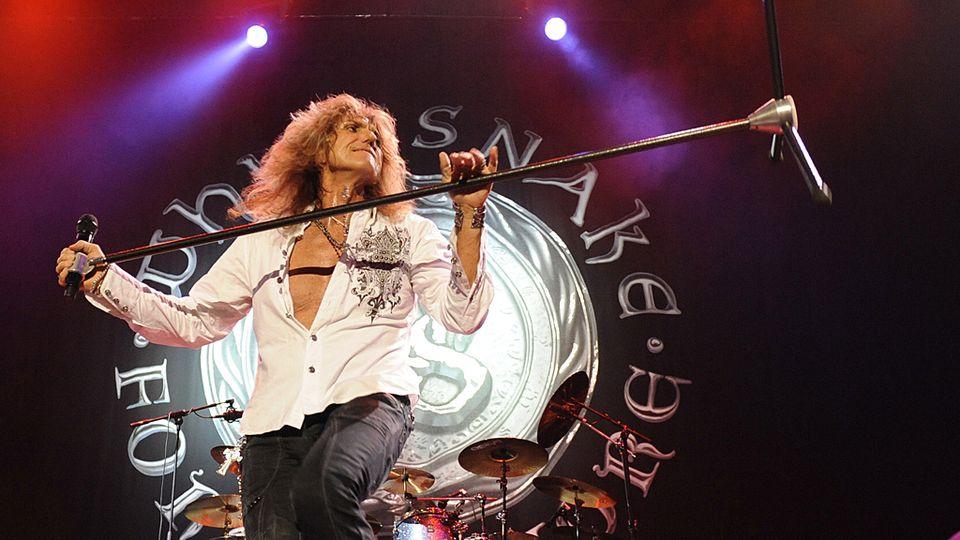 Whitesnake пристигнаа во Скопје!