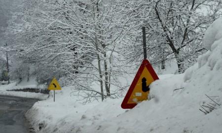 Најладно во Берово -22 степени, најмногу снег на Маврово