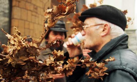 """ФОТОГАЛЕРИЈА: Бадникова прослава пред Соборниот храм """"Свети Климент Охридски"""""""
