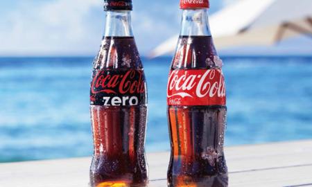 Одговор на науката: Еве зошто подобро е да се пие кока-кола од стаклено шише