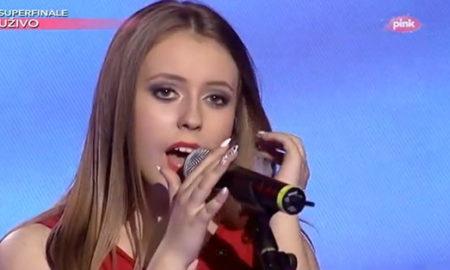 "Со ""I will always love you"" Антониа чекор поблиску до победа на ""Ѕвездички"" (ВИДЕО)"