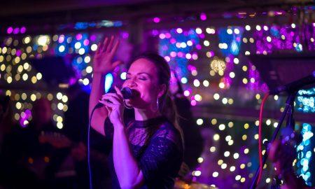 ПРЕПОЛНО ЗА ЈЕЛЕНА ТОМАШЕВИЌ: Погледнете како помина петочната журка во Дежаву (ФОТО)
