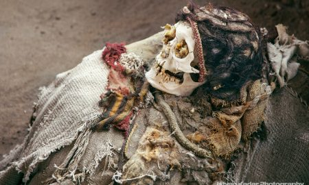 Гробишта Чаучиле: Древните скелети делуваат морничаво, но луѓето плаќаат да ги видат