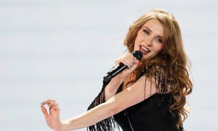 СВЕТСКИ НАСТАП НА ЕВРОПСКАТА СЦЕНА: Јана Бурческа блесна на Евровизија (ФОТО + ВИДЕО)
