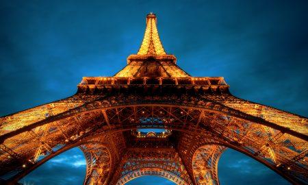 Ајфеловата кула го пречекува 300-милионитиот посетител