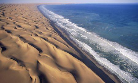 Единствената пустина во светот што излегува на мора (ФОТО)