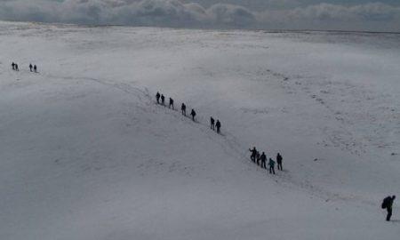 Тимови за спасување на планина трагаат по двајцата македонски планинари на Ниџе