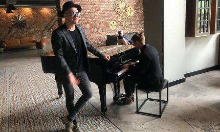"""Сале од """"Тропико бенд"""" запеа пред новинарите (ВИДЕО)"""